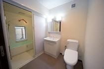洗面脱衣室内にもトイレ設置!
