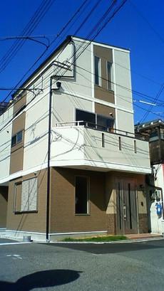 【かやのんの家】狭さを克服して明るく快適に夢を盛り込んだ南国風の家