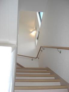 吹き抜け階段室