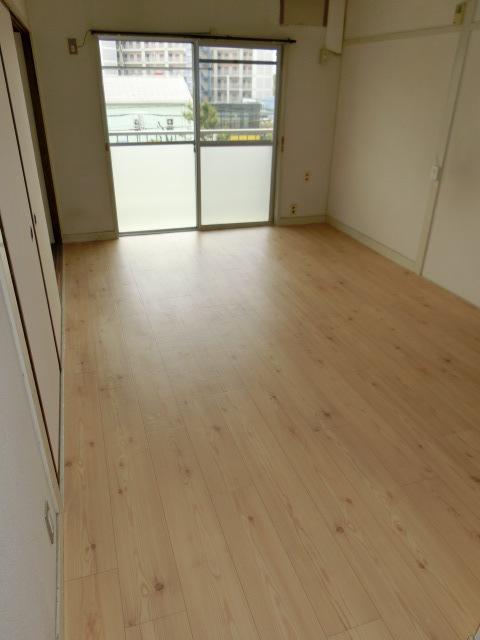 堺市北区マンション床リフォーム工事