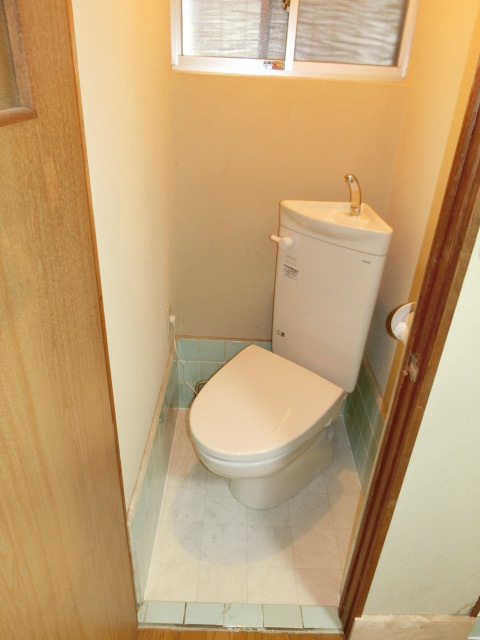 狭いトイレのリフォーム工事(狭小トイレ)