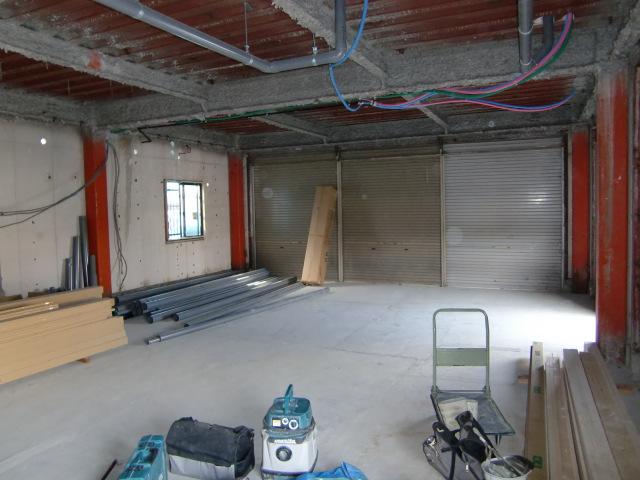 店舗改装店舗リフォーム河内長野市 間仕切り壁設置