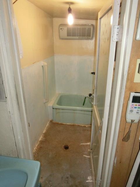 大阪市生野区T原様邸浴室・洗面・台所リフォーム工事
