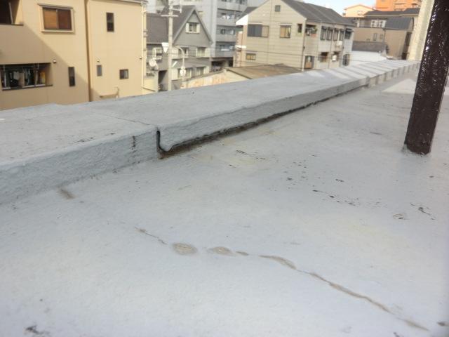 雨漏り修繕大阪市平野区 雨漏修繕コーキング工事