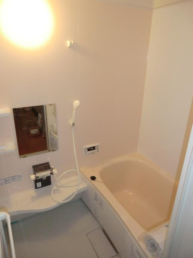 介護リフォーム大阪市港区 介護保険 段差解消 浴室リフォーム ユニットバス設置